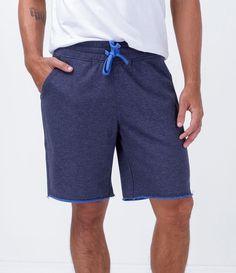 Bermuda masculina  Com amarração frontal  Marca: Blue Steel  Tecido: Malha  Composição: 65% algodão e 35% poliéster  Modelo veste tamanho: M     COLEÇÃO VERÃO 2016     Veja mais opções de    bermudas masculinas.