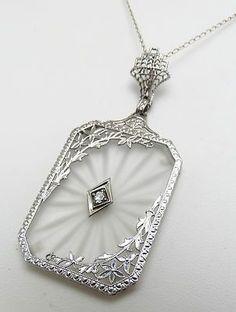 Antique Art Deco Gold Rock Crystal Champhor Glass Diamond Necklace It is just beautiful. Or Antique, Antique Jewelry, Vintage Jewelry, Antique Necklace, Handmade Jewelry, Art Deco Jewelry, Fine Jewelry, Jewelry Design, Bijoux Art Nouveau