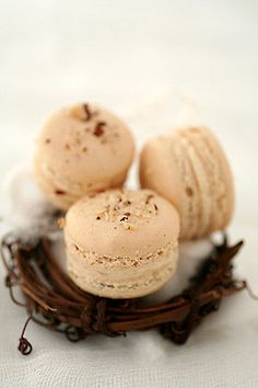 turron macarons by cannelle-vanille