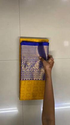Kora Silk Sarees, Silk Saree Kanchipuram, Cotton Saree Designs, Acrylic Painting Inspiration, Sari Dress, India Usa, Indian Bridal Makeup, Elegant Saree, Bollywood Saree