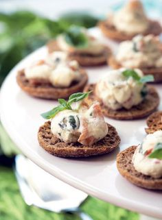 Salmon - rye bread buttons