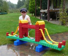 Deze Clics brug is een echt pareltje! This Clics bridge is truly marvelous… After School, Diy For Kids, Kids Playing, Lego Duplo, Cute, Gaming, Bricolage, Print Templates, Africa