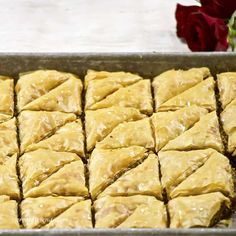 Lebanese Baklava Recipe, Lebanese Desserts, Lebanese Recipes, Italian Recipes, Italian Foods, Frappuccino, Biscotti, Mini Lemon Tarts, Baked Beetroot
