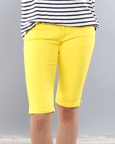 Our bermuda shorts are the perfect knee length and come with the right amount of stretch to them! These are so comfy and stylish and look so cute with stripes or plaids or polka dots! You can dress these up or down and will want more than just one color! Sizing: - 1 - 3 - 5 - 7 - 9 - 11 - 13 If in between sizes, size UP.