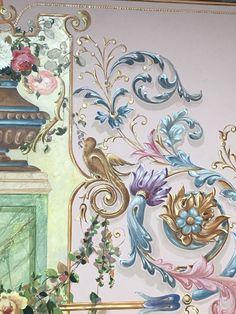 Restoratör Kalemkar. Emine Verim Eskiköy Kalem işi Wall Painting Decor, Art Decor, Wall Murals, Wall Art, Grisaille, Scroll Design, Hand Painted Furniture, Islamic Art, Painting Inspiration