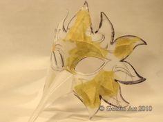 Goblin Art: Make a mask from plastic bottles. Happy Carnival!