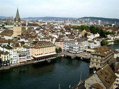 Zurich nhỏ nhẹ và hiền hòa. Được coi như là trung tâm thương mại, văn hóa của Thụy Sỹ. Thành phố ban đêm dưới ánh đèn nhìn thật đẹp, nằm giữa là dòng sông lấp lánh, bình yên, nhấp nhô là những tháp nhà thờ được chiếu sáng, rồi những tòa nhà lớn, xen  http://maylocnuoc.biz.vn/  http://maylocnuoc.biz.vn/may-loc-nuoc-ro-tinh-khiet-gia-dinh-gia-re-uong-truc-tiep.html  http://maylocnuoc.biz.vn/may-loc-nuoc-ro-europura-105n.html  http://maylocnuoc.biz.vn/loc-nuoc.html