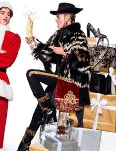 Santa-Christmas-Fashion-Vogue-Paris-2016-Editorial05