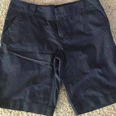 Old Navy Size 12 In good used condition only wore once. Size is 12 flat front side and back pockets. Old Navy Shorts