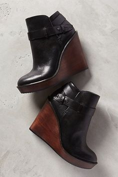 LOVE these wedge booties #ankleboots