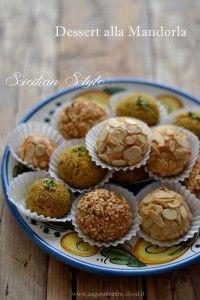 Dessert alla Mandorla Siciliani | Zagara e Cedro Italian Pastries, Italian Desserts, Mini Desserts, Just Desserts, Penne, Nutella, Sicilian Recipes, Sicilian Food, Lemon Cookies