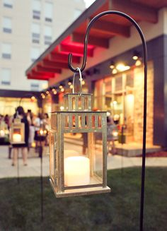 Stake some of the nautical lanterns in the walkway to give it welcoming feel. We can use battery opp candles
