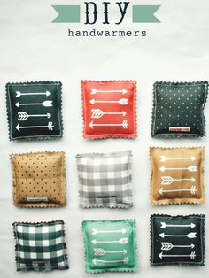 Perfect for Christmas, these DIY Hand Warmers are an easy homemade Christmas gift. Perfect to add to a basket with a mug and some hot cocoa and a gift card. Pin to your Homemade Holiday/Christmas Gifts Board! Easy Sewing Projects, Sewing Projects For Beginners, Sewing Crafts, Craft Projects, Sewing Tips, Sewing Tutorials, Sewing Hacks, Free Tutorials, Basic Sewing