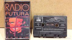 RADIO FUTURA. DE UN PAÍS EN LLAMAS. MC / ARIOLA - 1985 / CALIDAD LUJO.