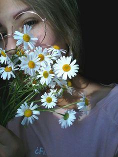 Tengo que imitarla, si o si.   Amo estas flores ♥