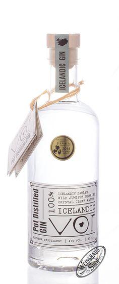 VOR Gin    Gin aus Island! Spätestens seit der VOR Gin bei der World Spirit Competition mit einer zweifachen Gold-Medaille ausgezeichnet wurde, hat sich der VOR Gin einen festen Platz unter den Premium Gins erobert! Im Small Batch Verfahren hergestellt, und zwar ausschließlich mit Zutaten aus der Region, die teilweise von Hand gepflückt werden.    Botanicals : Wacholder, Sand-Thymian,...