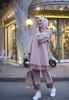 Hijab Casual, Modest Fashion Hijab, Modern Hijab Fashion, Modesty Fashion, Hijab Fashion Inspiration, Muslim Fashion, Boho Fashion, Fashion Outfits, Moda Hijab