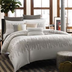 Kenneth Cole Reaction Home Frost Duvet Cover, 100% Cotton, 300 Thread Count - BedBathandBeyond.com