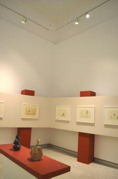 """Iluminación para la exposición """"Resumen del Fuego"""" del arquitecto Fernando González Gortázar. La muestra se trata de un gran resumen de la obra y trayectoria de este notable arquitecto y escultor."""