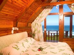 When you stay at Brenton on Sea Chalets your comfort is our priority! Relax in your spa bath then enjoy the spectacular sea views from your deck. Plus the beach & cliffs are only a short walk away... Western Head Knysna, Garden Route, South Africa Please contact our booking office for availability and rates on +27 44 382 2934 or email info@brentononseachalets.co.za
