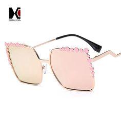 ca4a1105ea2a5 24 Best Women s Sunglasses images   Gafas de sol de mujeres, Ojos de ...