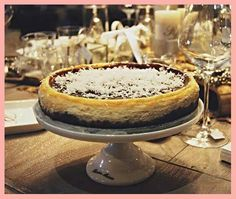 Fantasticky kokosovy Cheesecake Coconut Cheesecake- gorgeous! Coconut Cheesecake, Best Cheesecake, Cheesecakes, Tiramisu, Camembert Cheese, Ethnic Recipes, Food, Essen, Cheesecake