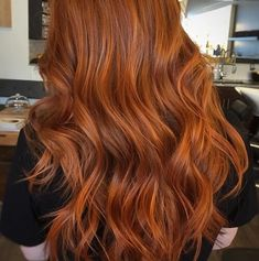 Are you looking for ginger hair color styles? See our collection full of ginger hair color styles and get inspired! Source by mindilin Hair Color Auburn, Red Hair Color, Cool Hair Color, Brown Hair Colors, Auburn Hair Copper, Golden Copper Hair, Copper Brown Hair, Ginger Hair Color, Copper Hair Dye