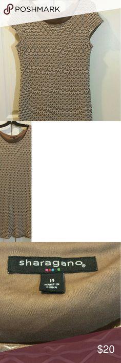 Tan & White stretch dress Womens size 14  Pretty design   stretch to it   knee length Sharagano Dresses