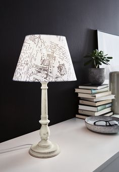 The printed fabrik makes the LARACHE 1 table luminaire to something special. Textiles, Cottage Chic, Home Textile, Printing On Fabric, Table Lamp, Lighting, Prints, Home Decor, Products