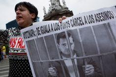 """MÉXICO, D.F. (apro).- La Comisión Nacional de los Derechos Humanos (CNDH) demandó que todas las investigaciones que se realicen sobre el caso Ayotzinapa """"se desahoguen de manera objetiva, coherente..."""