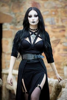 Model: Theblackmetalbarbie Photo: Luke Guinn Photography Welcome to Gothic and Amazing  www.gothicandamazing.com