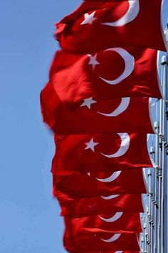 O bayrak ki; Millî gururumuzdur bizim! O bayrak ki; Millî namusumuzdur bizim! 🇹🇷🇹🇷😍 Islam, Love, Abstract, Artwork, Beautiful, Flags, Nice Asses, Amor, Summary