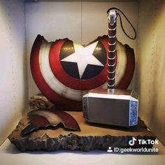 Marvel Room, Marvel Jokes, Avengers Memes, Marvel Funny, Marvel Heroes, Marvel Avengers, Marvel Comics, Mundo Marvel, Marvel Cinematic Universe