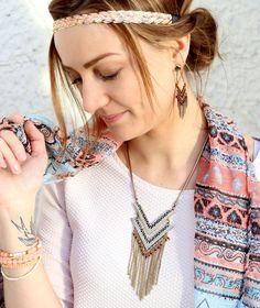 IDMonde.com, le site e-commerce en bijoux fantaisie et accessoires de mode, le moins cher de France. Adoptez la bohème attitude avec nos bijoux fantaisie à petits prix !!! #idmonde #bijoux #shopping #mode #jewelry #bracelet #earrings #instapic #photography #portrait #photo #foulard #headband #coiffure #tatoo #fashion #pink