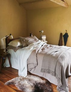 Washed Linen Duvet cover in Putty and Washed Linen sheets in Putty or Egg
