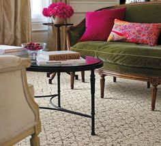 Let your statement decor pieces pop with a variety of our neutral rugs!