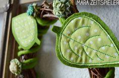 Leaf Embroidery by www.mikronaut.de  Wreath by Mara Zeitspieler