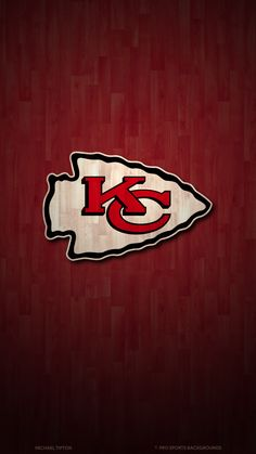 PSB has the latest wallapers for the Kansas City Chiefs . Kc Football, Nfl Football Players, American Football, Nfl Chiefs, Kansas City Chiefs Football, Chiefs Wallpaper, Funny Football Memes, Nfl Logo, Vintage Posters