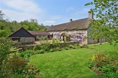 Magical Cottages - Cottages on the Market