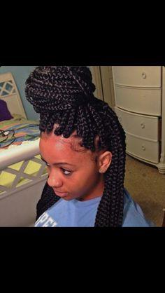 Best box braids ever Senegalese Twist Hairstyles, Box Braids Hairstyles, Pretty Hairstyles, Black Hairstyles, Senegalese Braids, Dreadlock Hairstyles, Protective Hairstyles, Cornrows, Big Box Braids