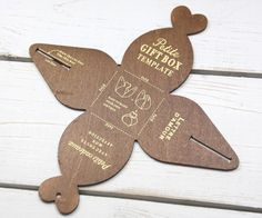 DIY Geschenkschablone HOLZ Pralinenschachtel von MitHerzundPapier auf DaWanda.com
