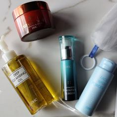 Nataly walks us through her night time skin care routine using her gifted #JapaneseBeautySecrets from DHC. Check out her regimen by clicking through. Products were gifted as part of the Preen.Me VIP Program together with DHC.