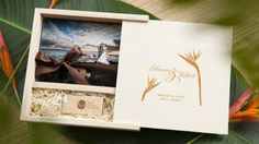 Cute idea for photo packaging with wood custom flash drive Usb Packaging, Packaging Ideas, Usb Drive, Usb Flash Drive, Photo Packages, Photography Tools, Photography Packaging, Marketing Ideas, Wood Print