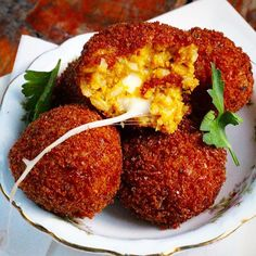 Bite into one of these delicious Pumpkin Arancini, our #Thanksgiving Special! Filled with mozzarella, and served with warm cranberry tomato relish these are too good to miss! See you in the Brooklyn Winery #winebar!
