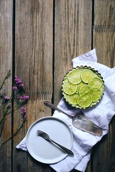 Vegan lime cheesecake — Cake and beans Lime Cheesecake, Vegan Cheesecake, Edible Insects, Vegan Breakfast, Sweet Treats, Beans, Baking, Desserts, Recipes