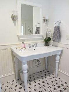 Christina Marie Interiors: Staging by CMI at 3 Burroughs Rd Lexington, MA | Girl's Bathroom