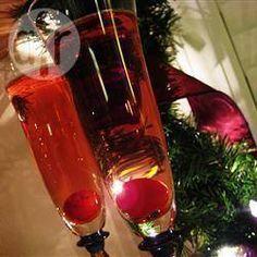 Coquetel de champanhe e suco de cranberry @ allrecipes.com.br