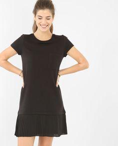 Vestido plisado en la parte inferior negro