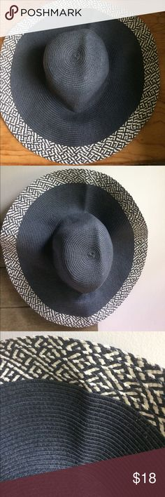 """Anthropologie Sun Hat EUC 