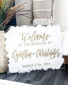 """Nochta Boutique's Instagram photo: """"Swipe ➡️ To See How It's Made! • • • • • Tag your favorite #bridetobe 👰 • • #acrylicsign #weddingsigns #etsyweddings #theletterlovelies…"""" Top Wedding Trends, Boutique, Instagram, Boutiques"""